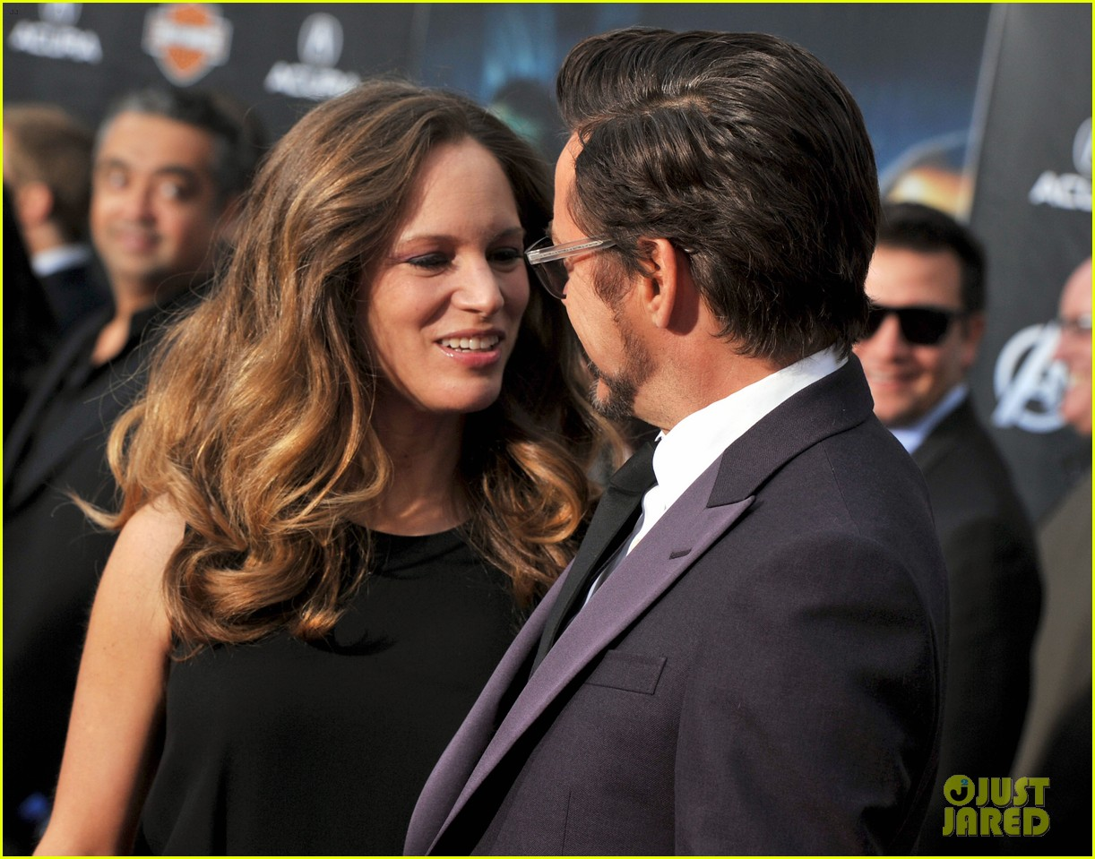 robert downey jr avengers premiere with wife susan 03