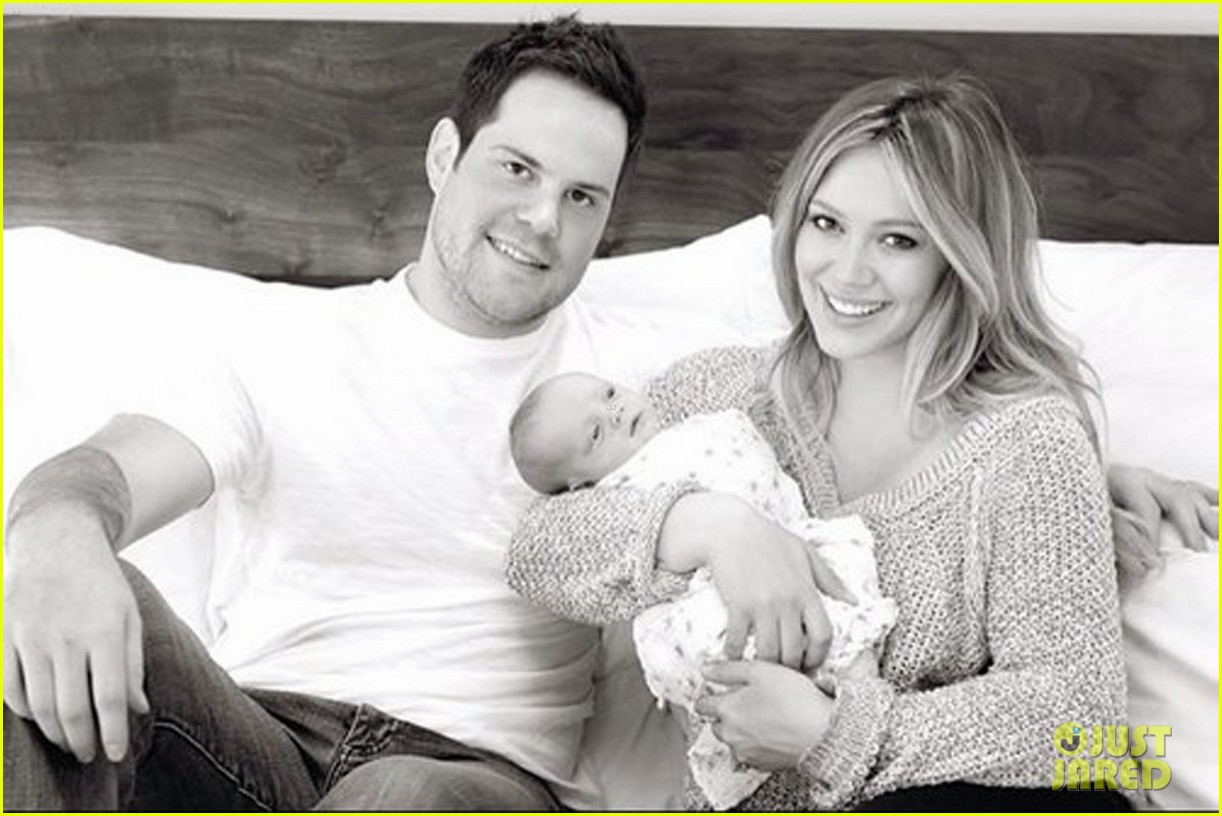 hilary duff family portrait 01