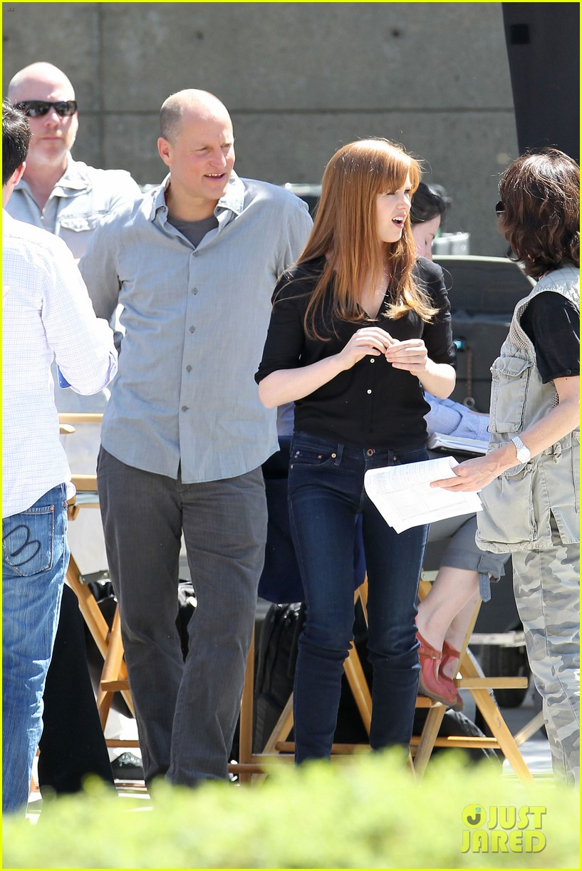 isla fisher now you see me with woody harrelson 01
