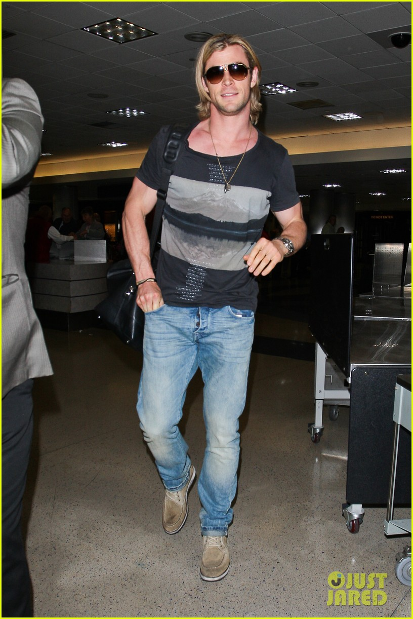 chris hemsworth cabin in the woods screening 11