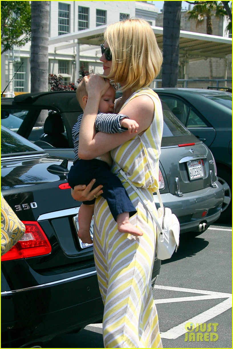 january jones xander lunch 10