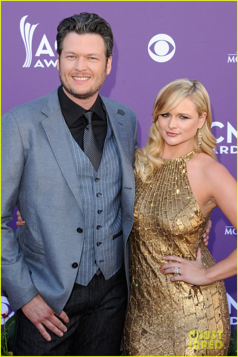 miranda lambert blake shelton acm awards 02