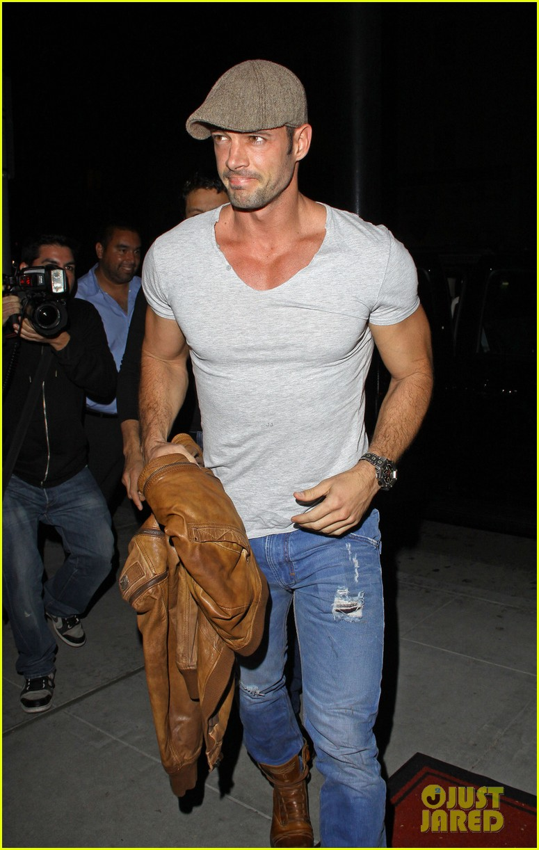 william levy date night at mastros 03