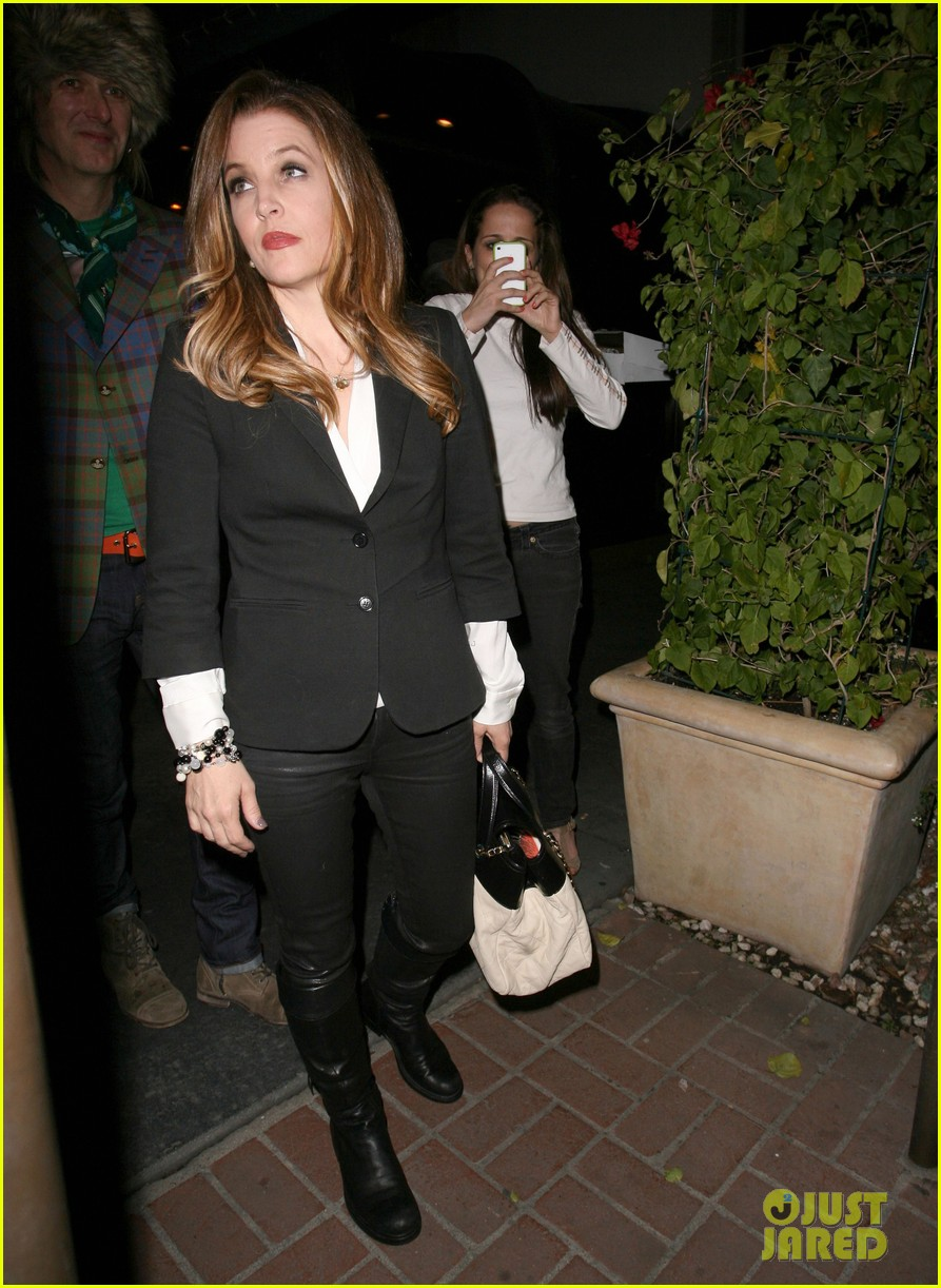 lisa marie presley alex pettyfer dinner riley keough 08