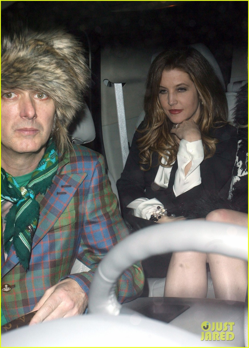 lisa marie presley alex pettyfer dinner riley keough 09
