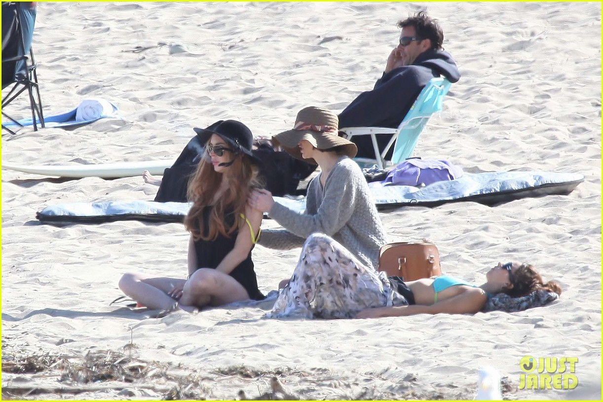 lindsay lohan beach back rub from aliana 15