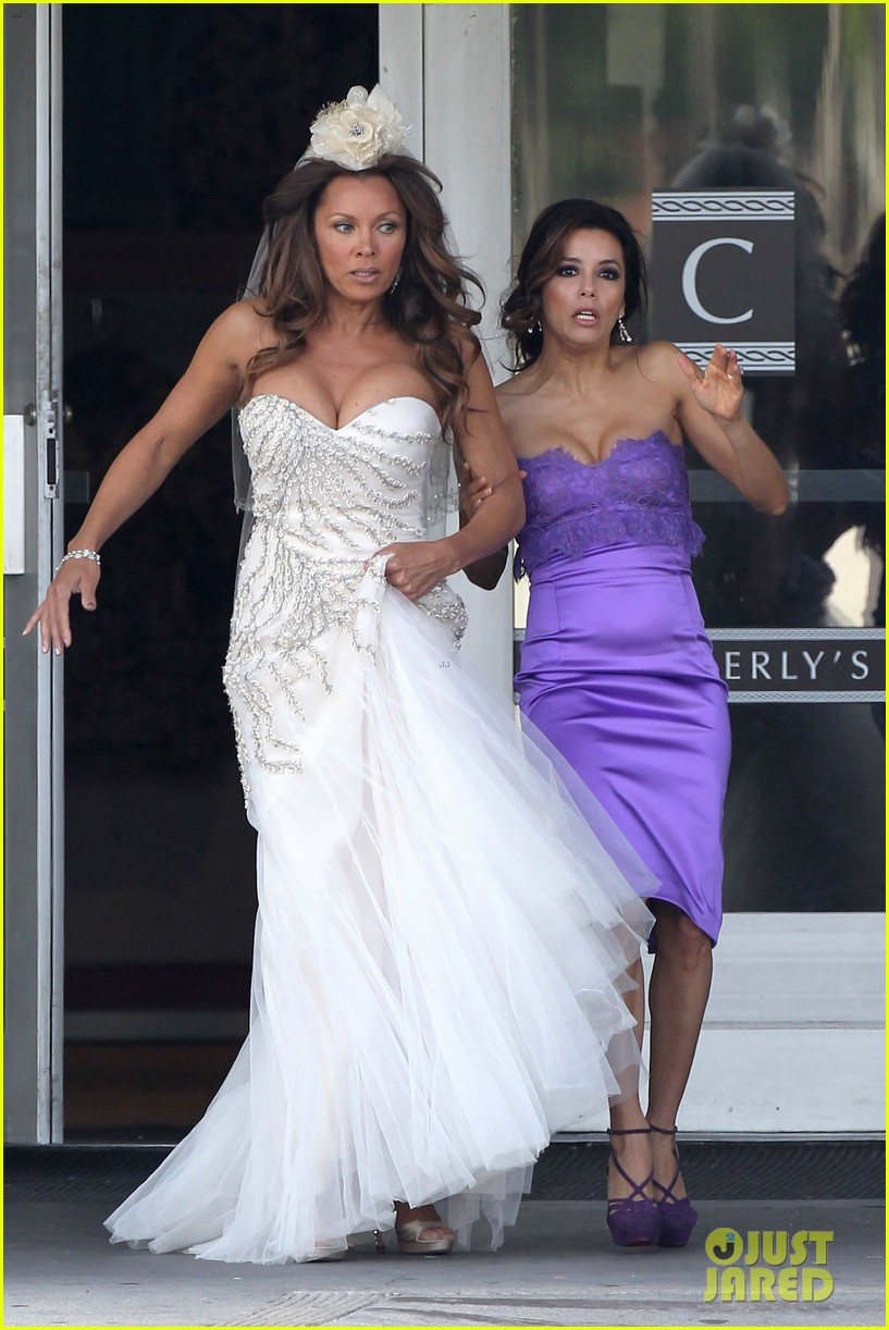 eva longoria wedding nbc press day 042651092