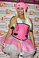 nicki minaj london cd signing 09