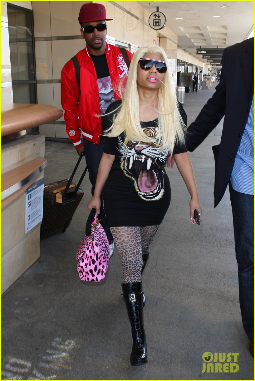 nicki minaj safaree samuels lax arrival 132646612