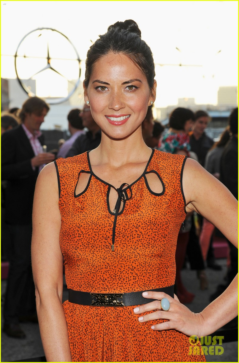 olivia munn mercedes benz club 02