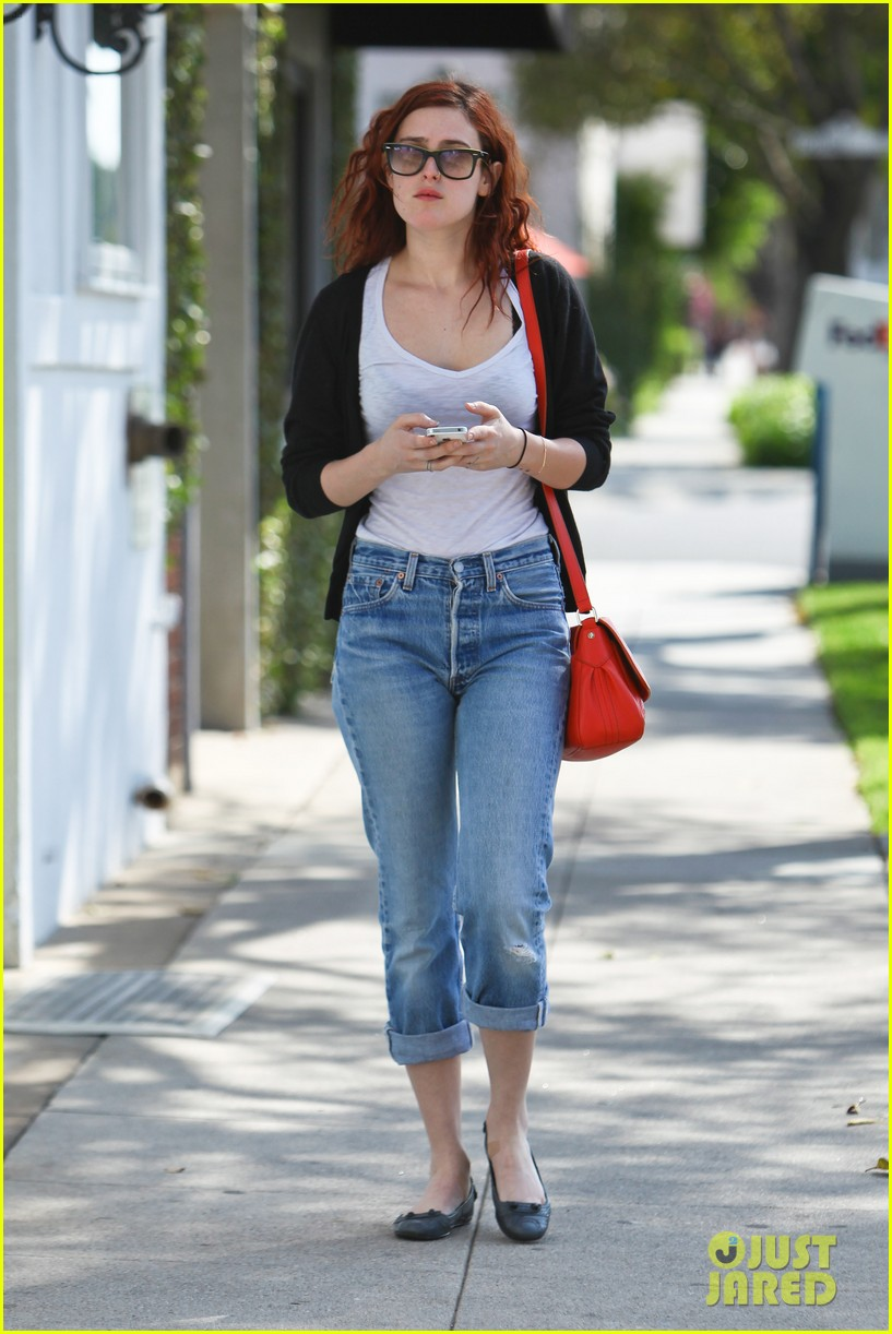 rumer willis salon shopping 04