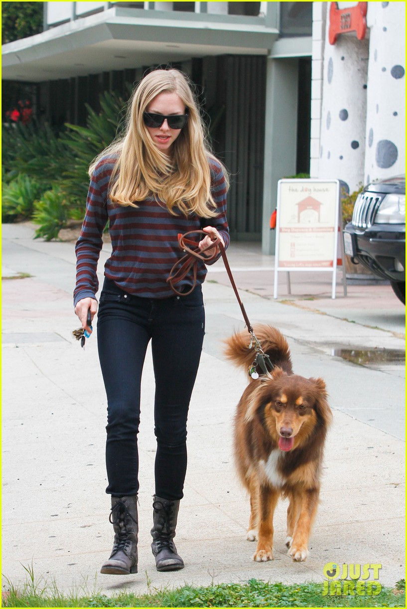 amanda seyfried movies and finn 05