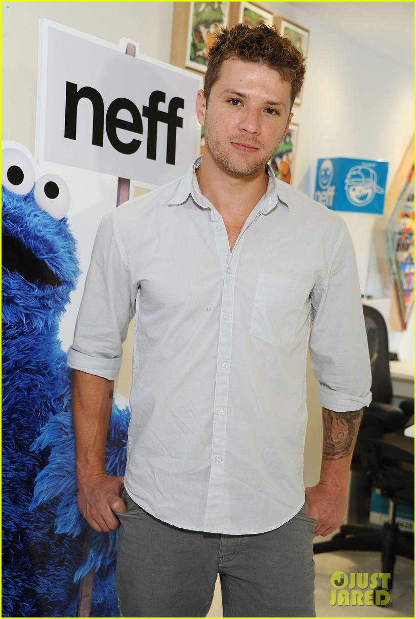 ian somerhalder ryan phillippe neff headwear exhibit 022655143