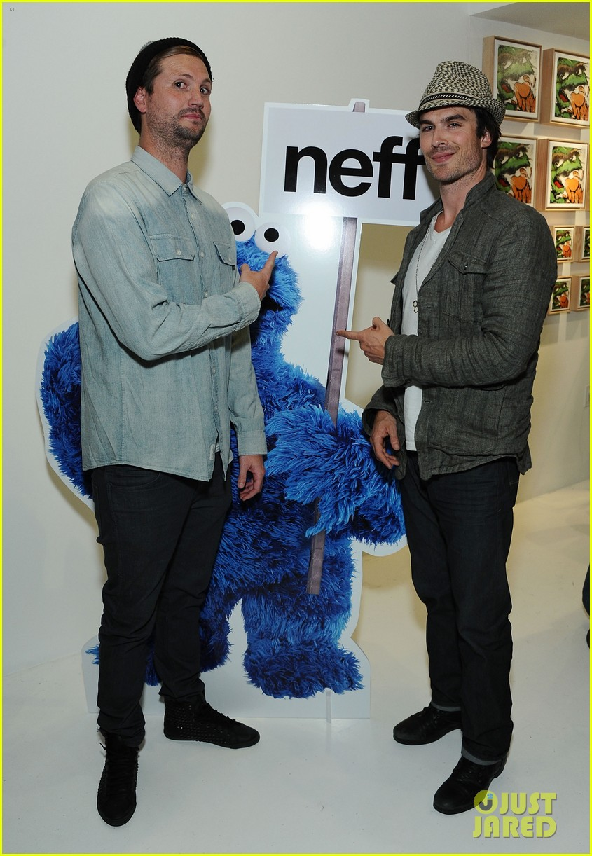 ian somerhalder ryan phillippe neff headwear exhibit 03