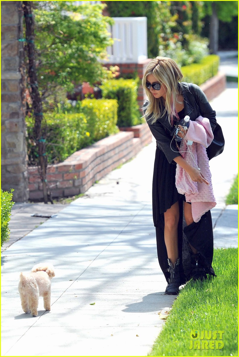 ashley tisdale easter 05
