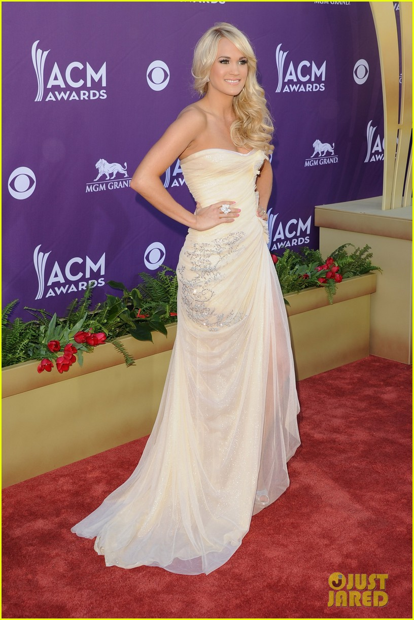carrie underwood acm awards 10