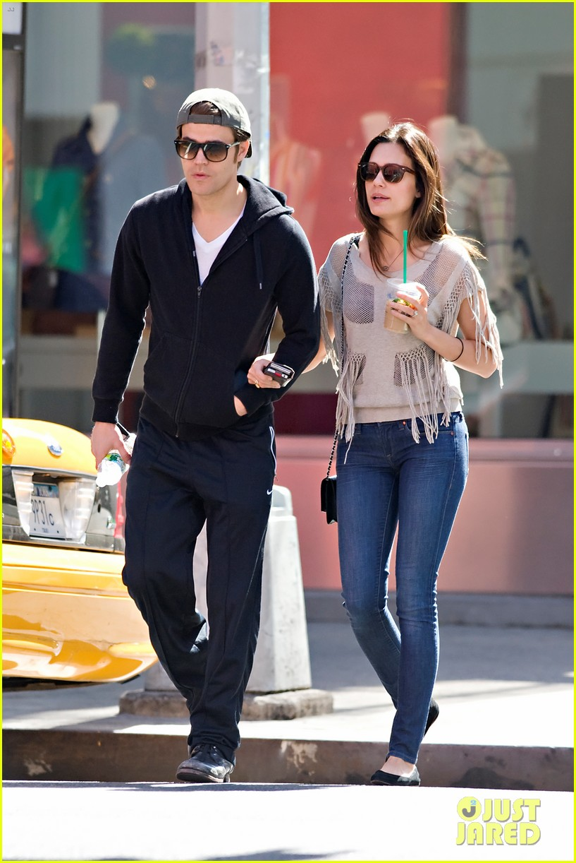 paul wesley nyc stroll with torrey devitto 01