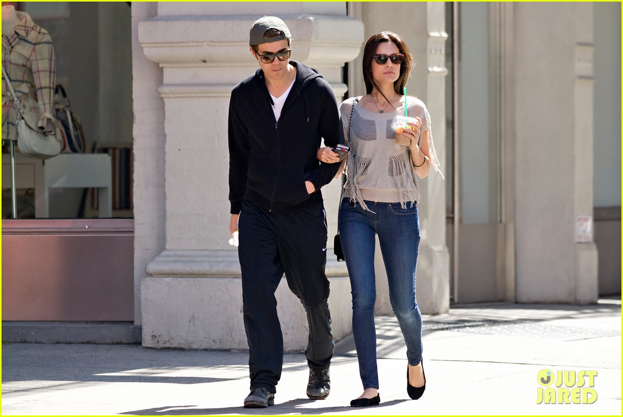 paul wesley nyc stroll with torrey devitto 03