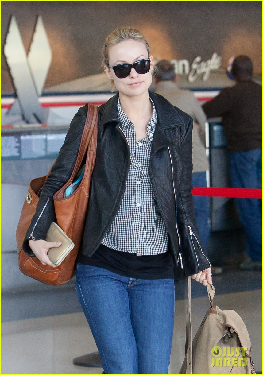 olivia wilde leaves lax 022648544
