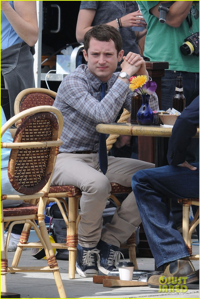 elijah wood wilfred set 10