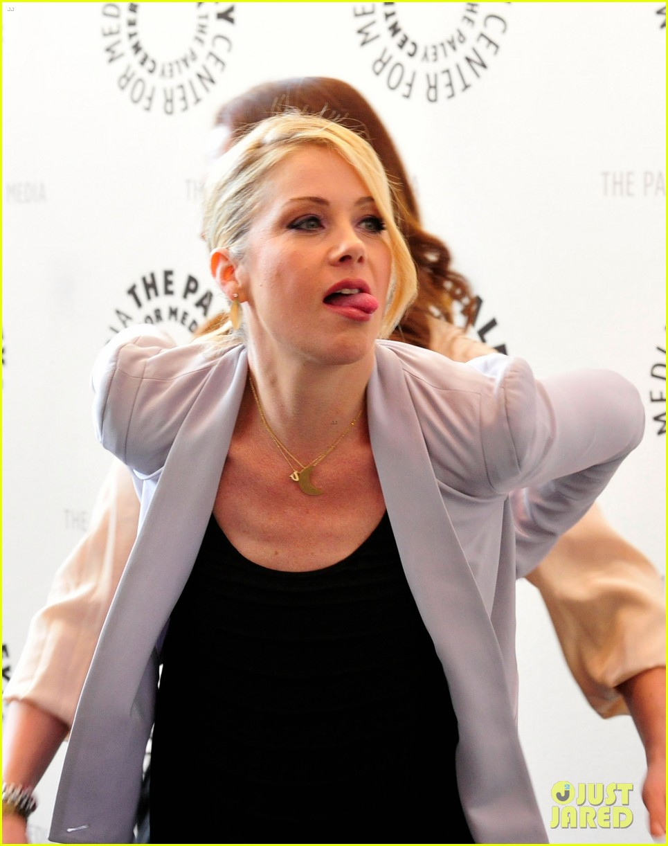 christina applegate maya rudolph up all night paley 12