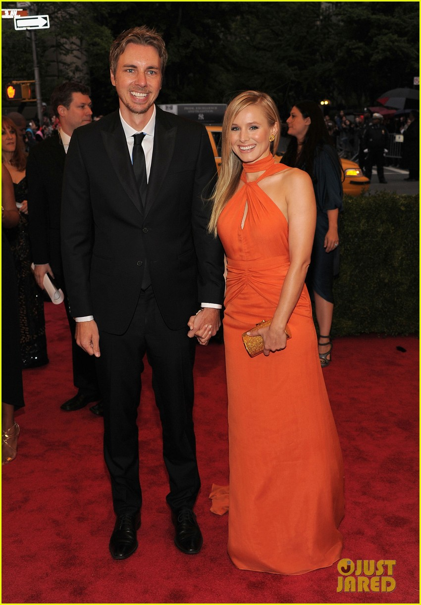 kristen bell met ball 2012 with dax shepard 03