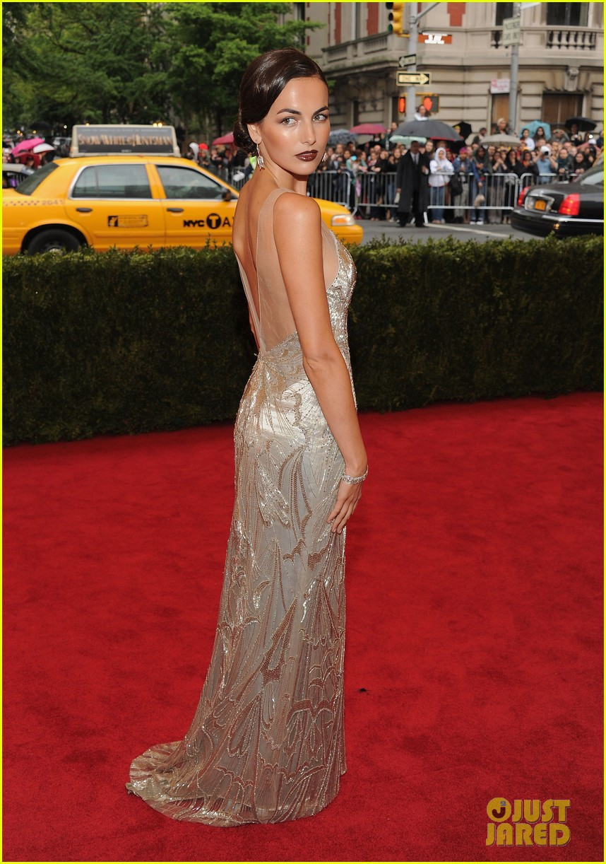 camilla belle 2012 met ball 01