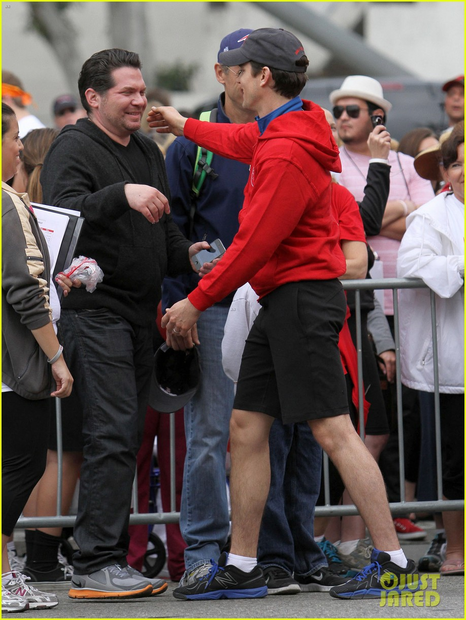 matt bomer revlon walk with simon halls son kit 13