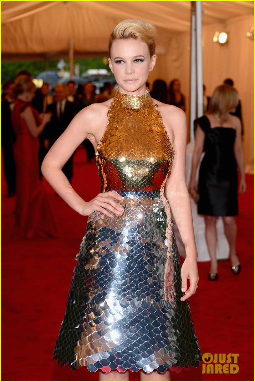 carey mulligan met ball 2012 04