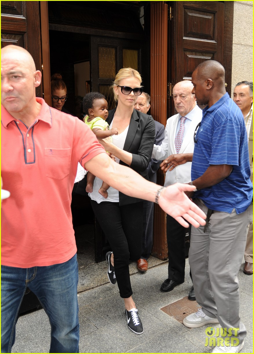 charlize theron jackson madrid 01