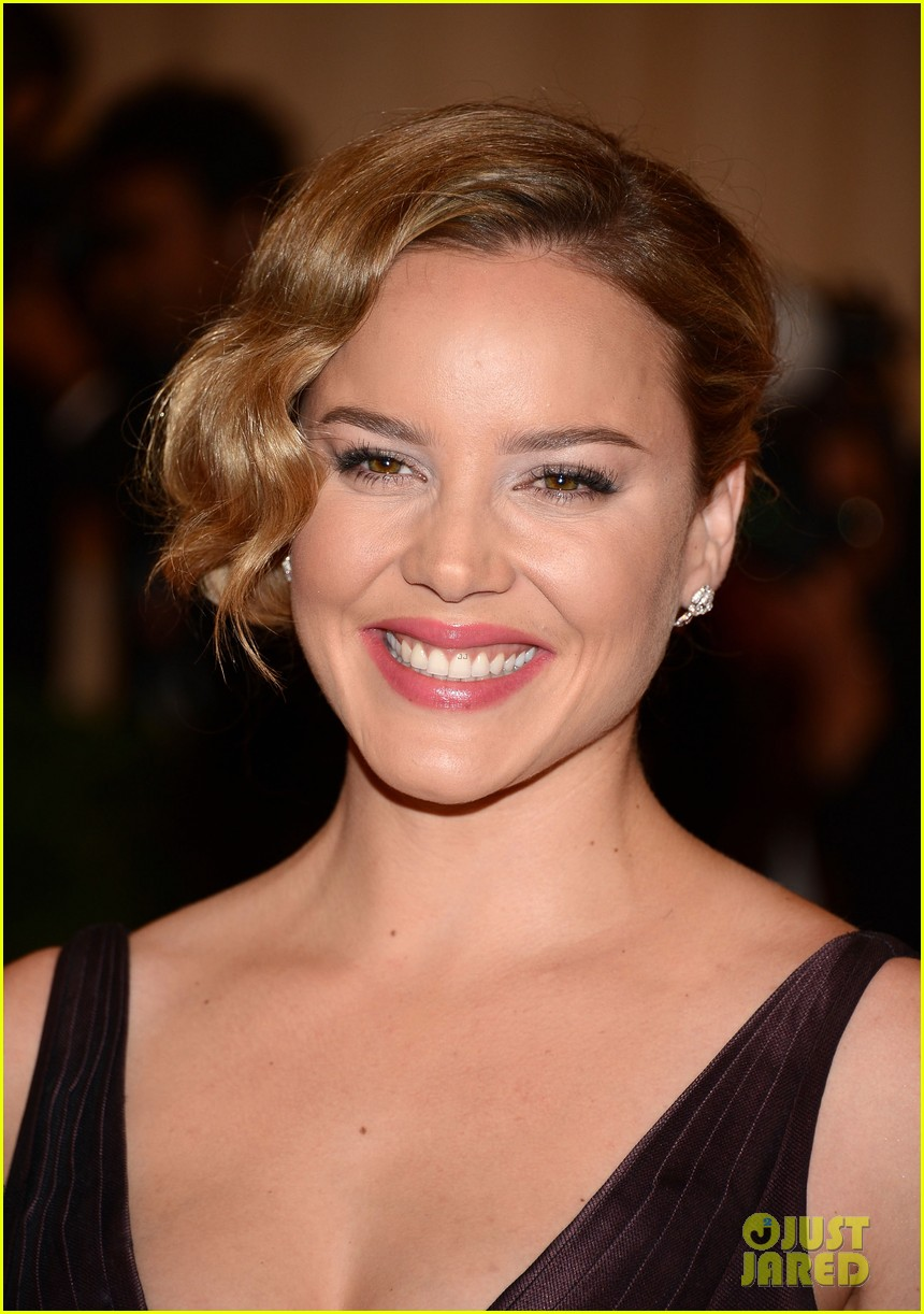 abbie cornish met ball 2012 02