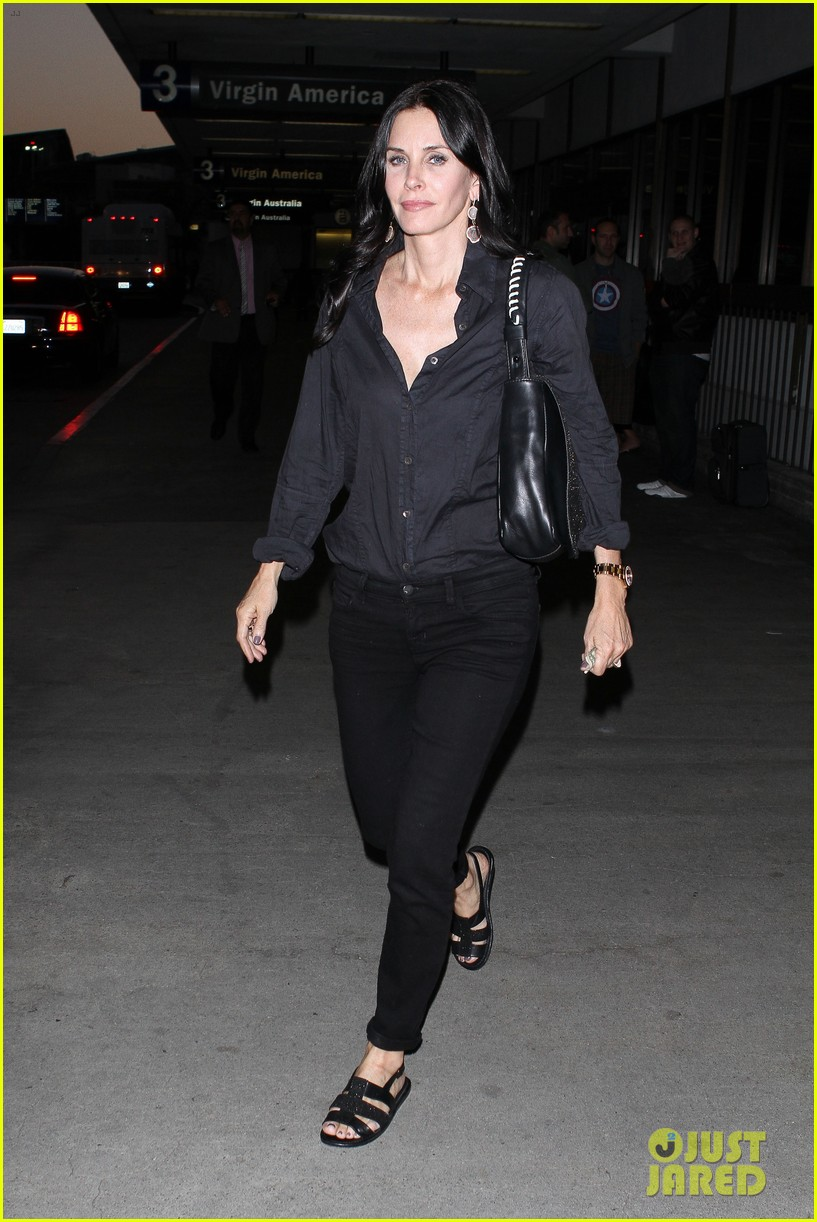 courteney cox tbs upfront 12