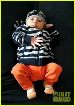 robert downey jr debuts exton 012657035