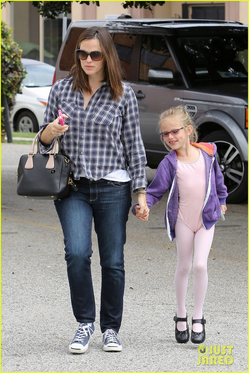 jennifer garner pics of paps 10