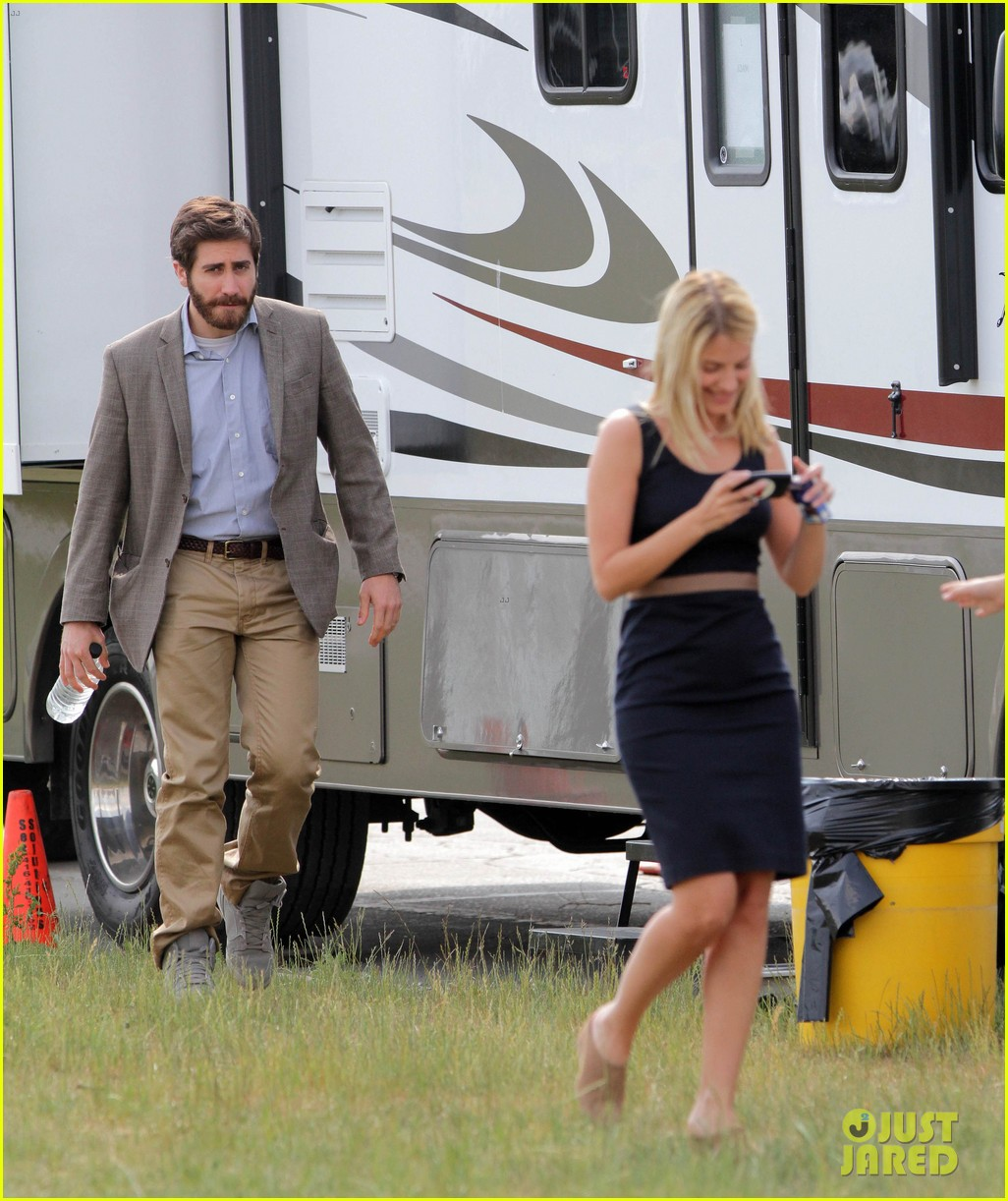 ake gyllenhaal an enemy with melanie laurent 042668320