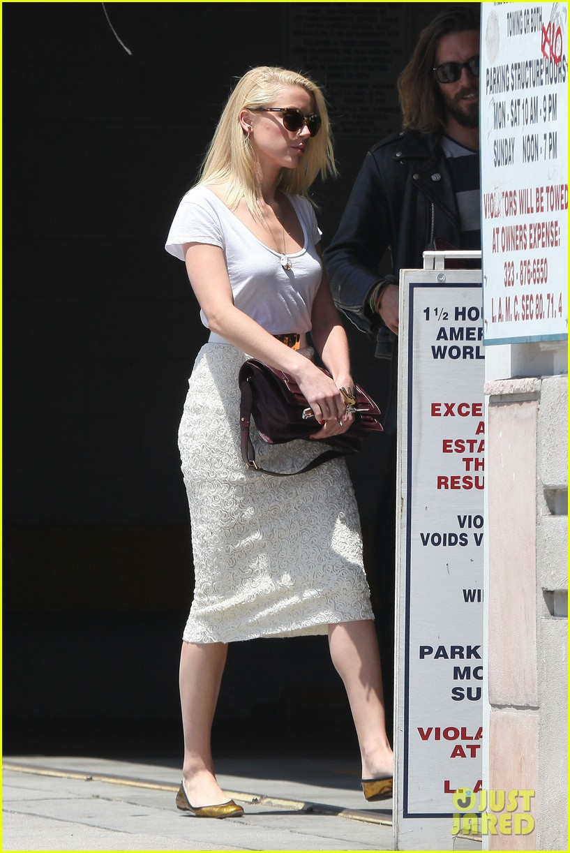 amber heard lunch with pal 07