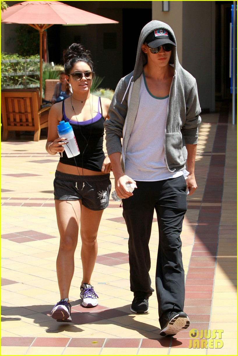hudgens working out 07
