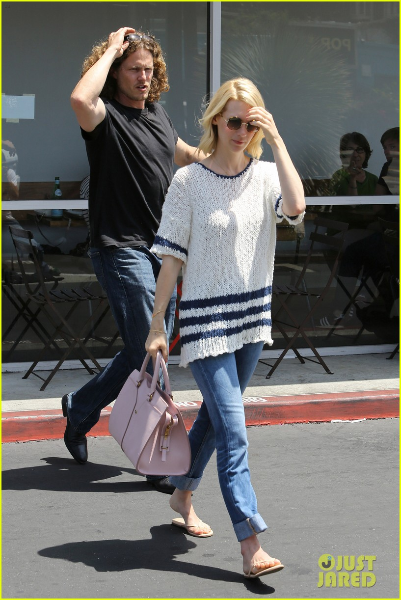 january jones lunch in bev hills 14