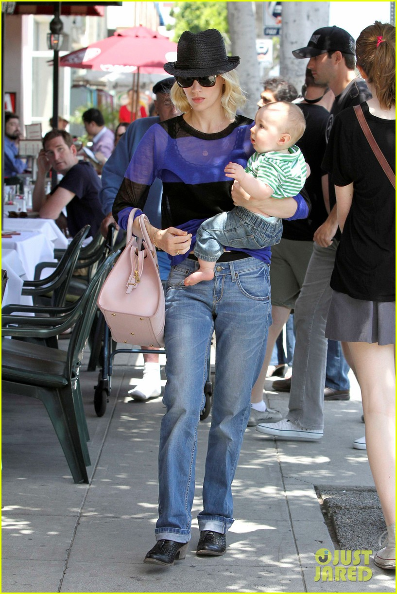 january jones lunch with xander 062660653