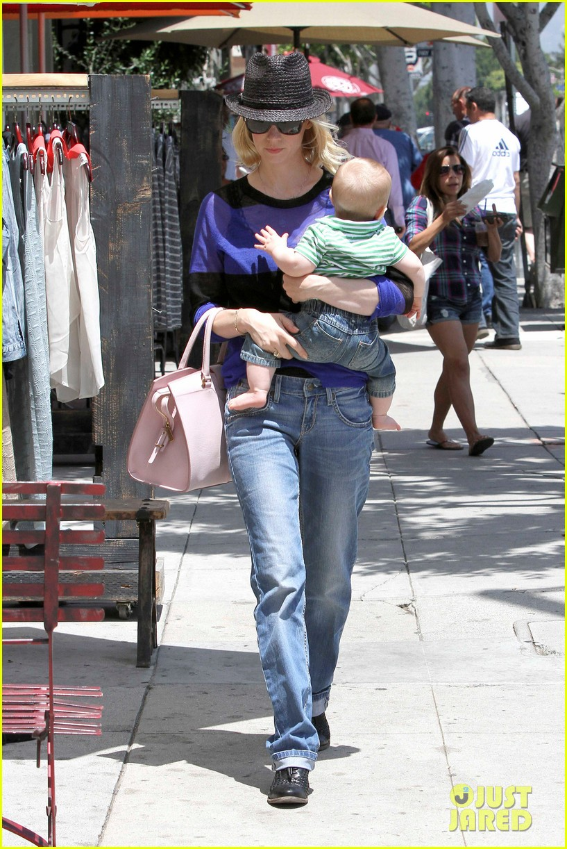 january jones lunch with xander 18
