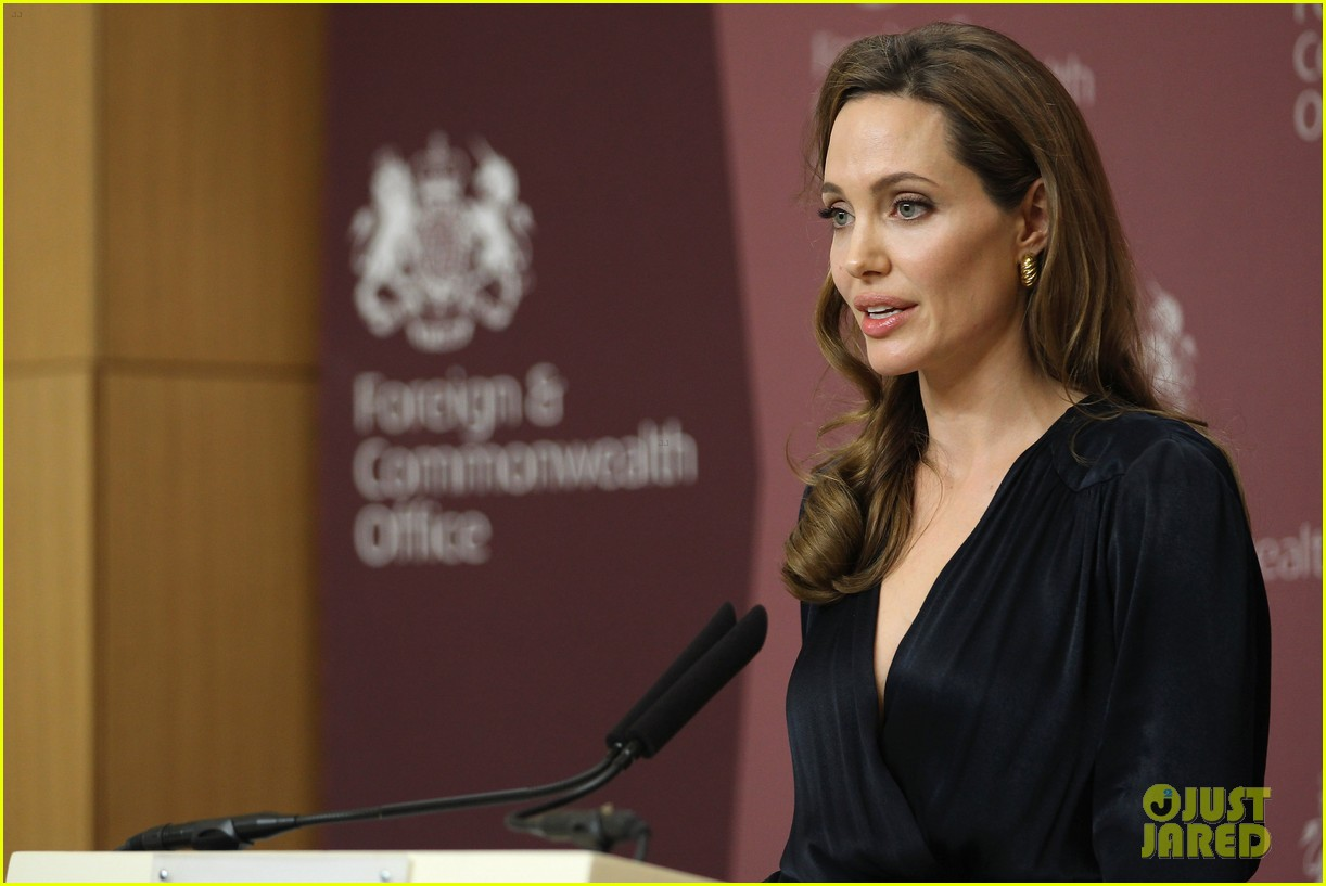 angelina jolie foreign commonwealth office 08