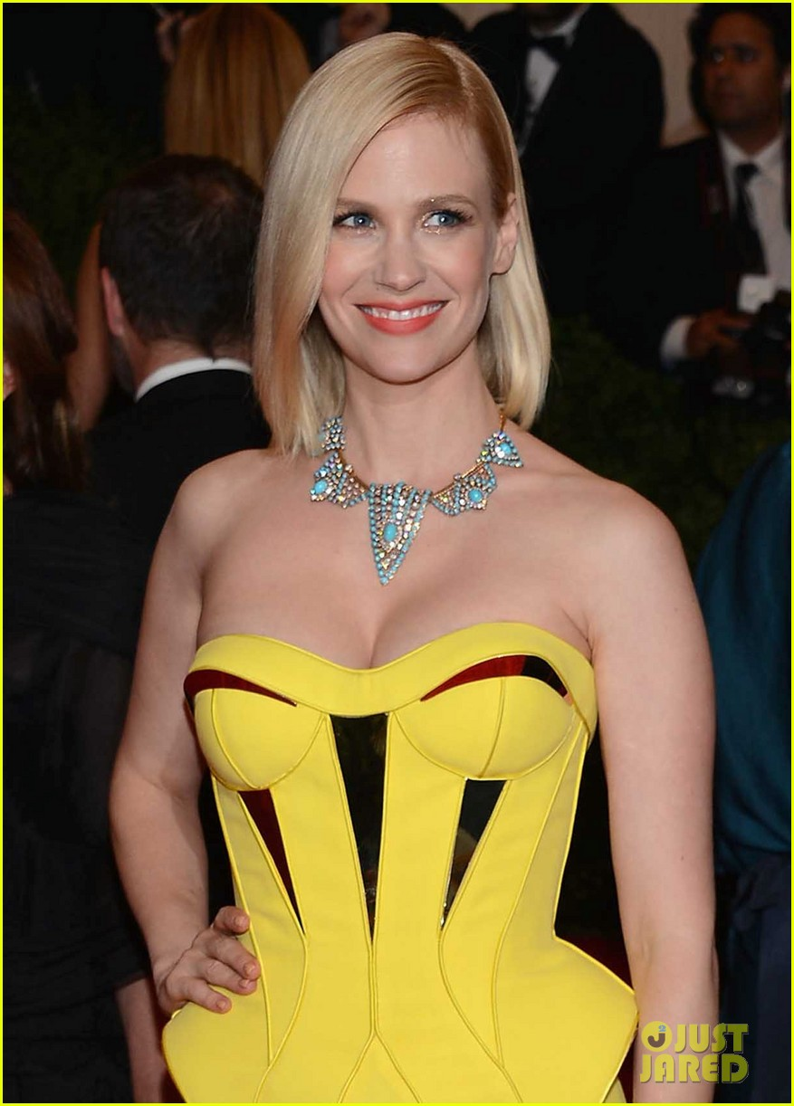 january jones met ball 2012 06