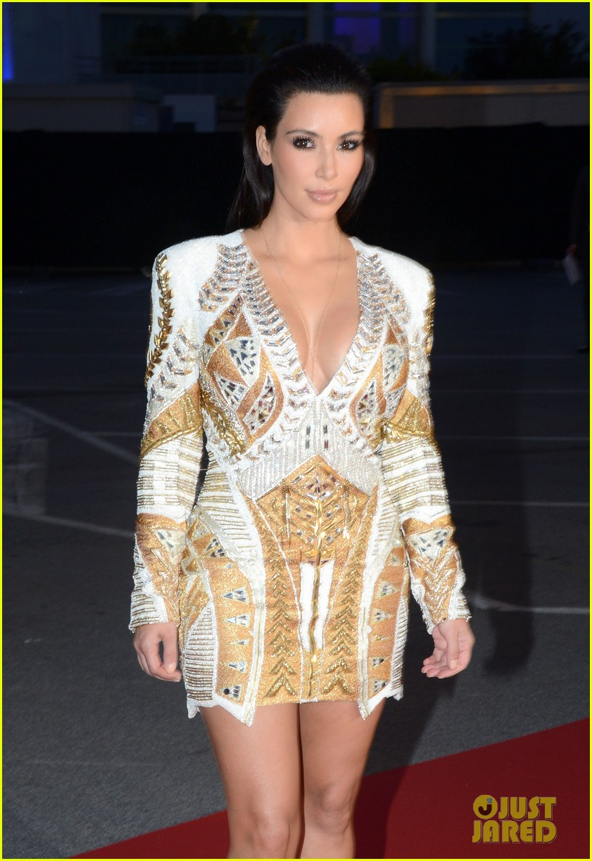 kim kardashian cannes events with kanye west 10