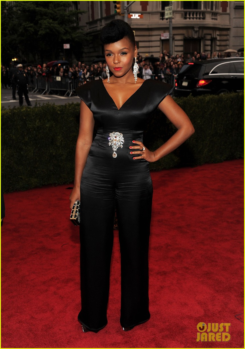 broalicia keys janelle monae 2012 met ball 08
