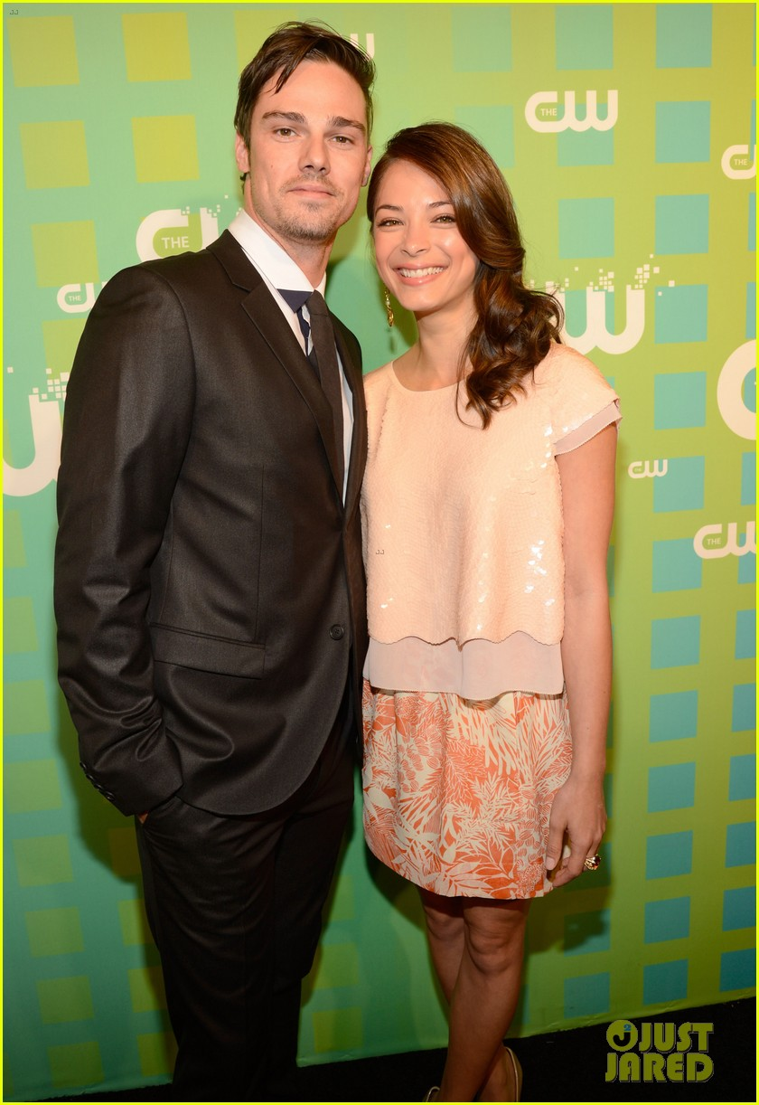 kristin kreuk annasophia robb cw upfront 02