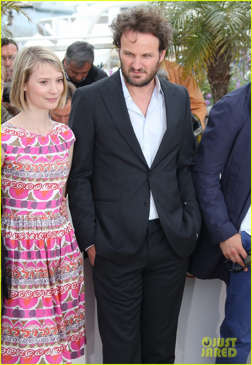 labeouf lawless photocall 052664122