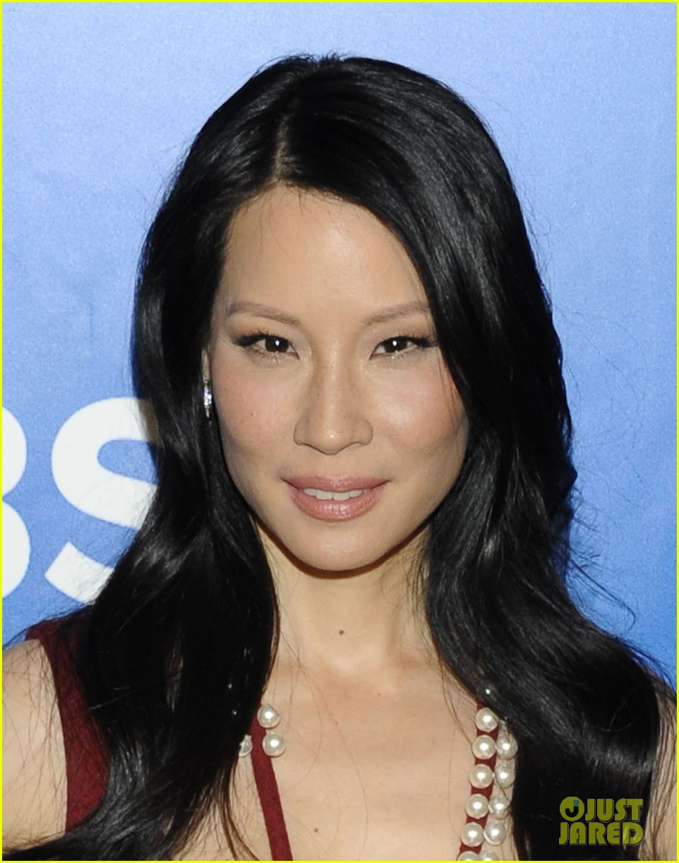 Lucy Liu 2018: Boyfriend, tattoos, smoking & body ...