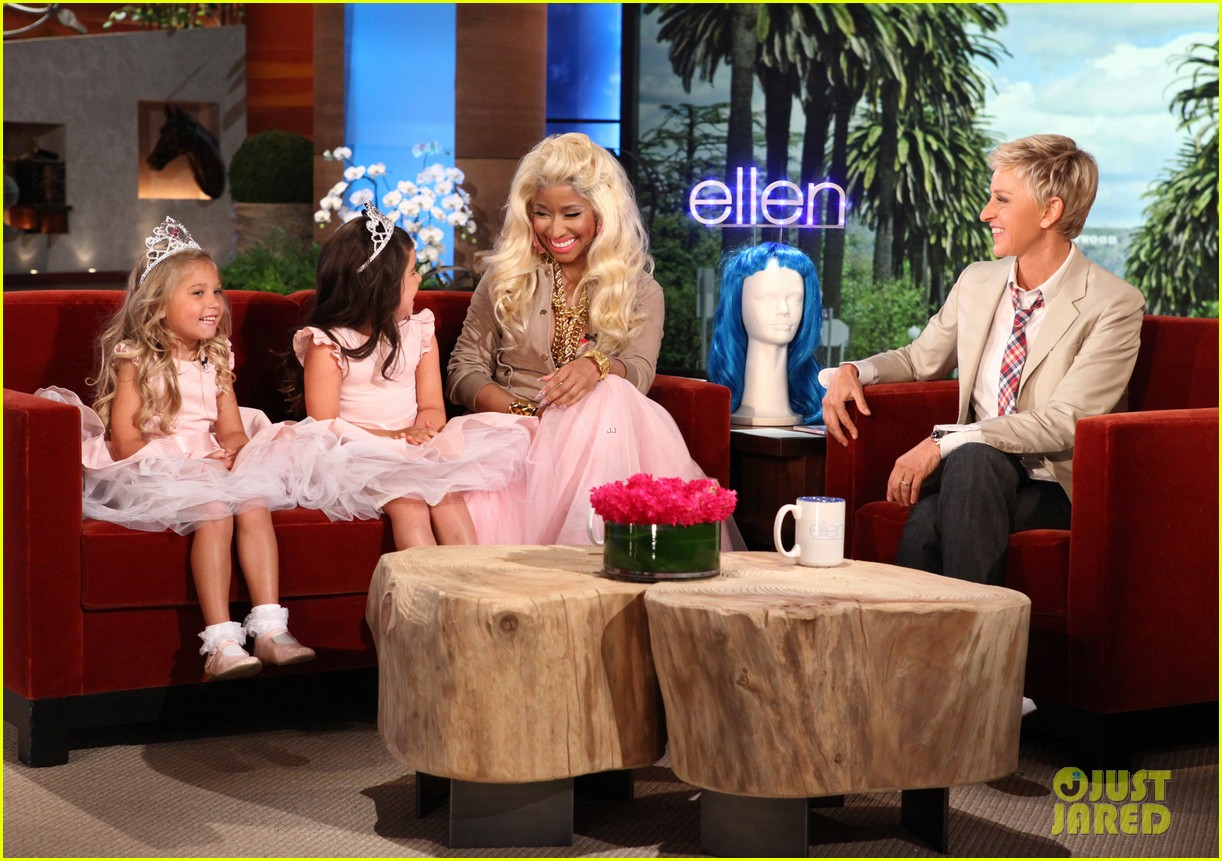 Nicki minaj talks young fans money babies on 39 ellen 39 photo 2660056 ellen degeneres nicki - Ellen show videos ...