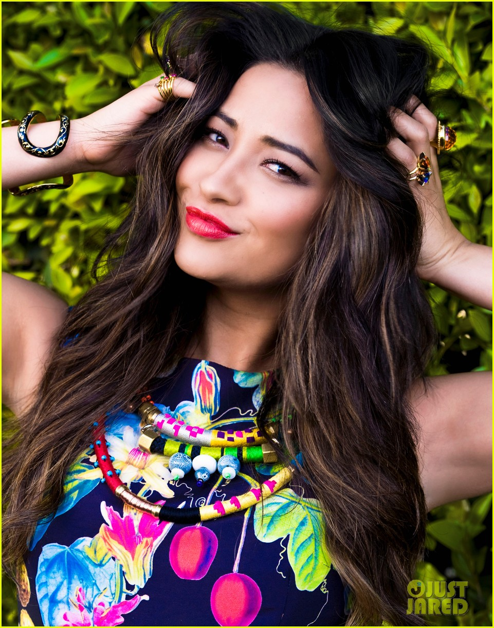 shay mitchell just jared photo shoot 04