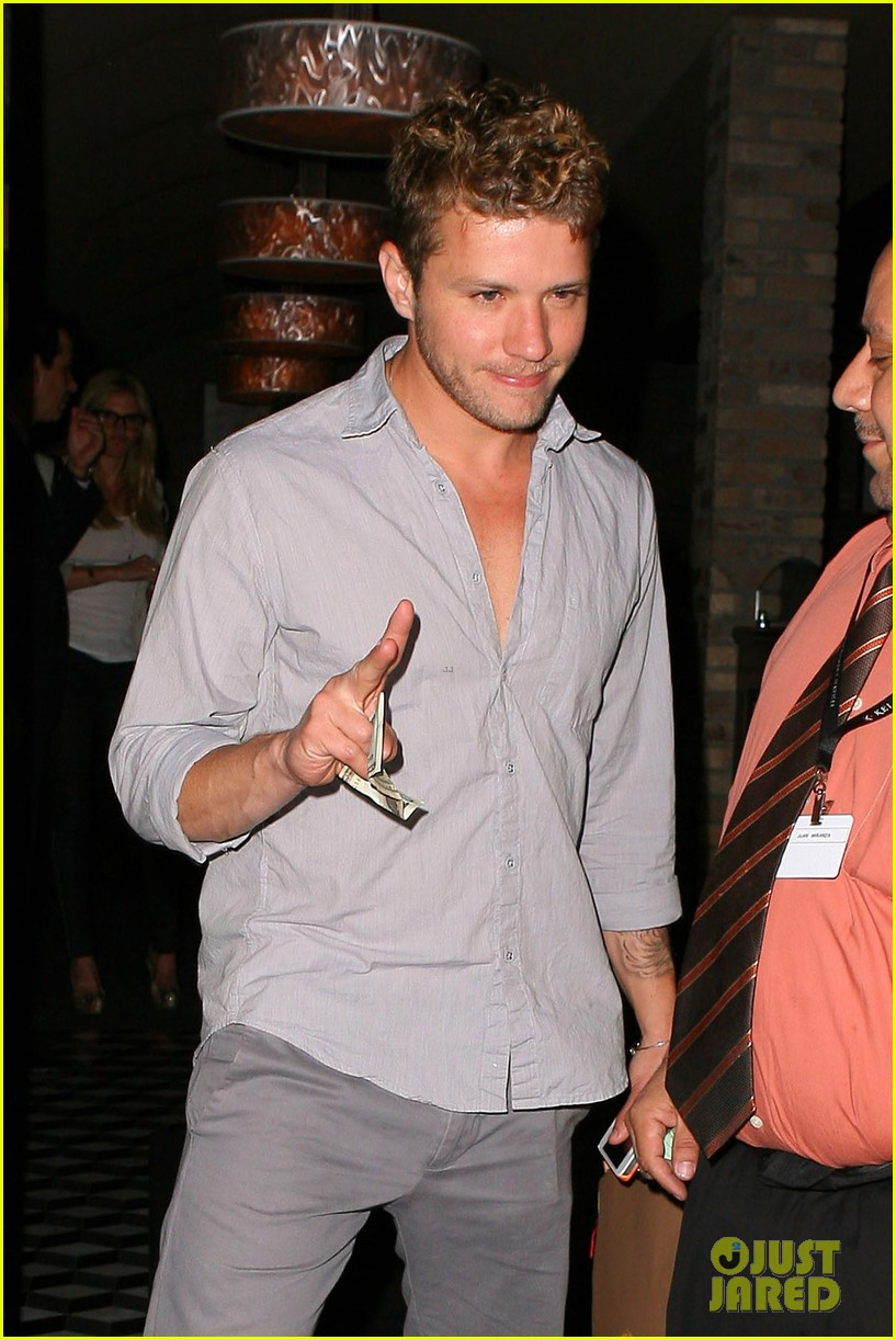 ryan phillippe craigs night out 14